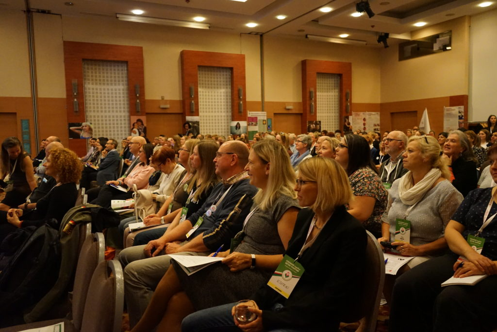 220 attended the European Huntington Association conference 2019.