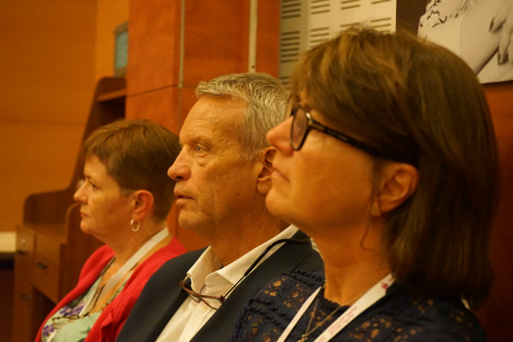 Left to right: Anne Lennon Bird, Svein Olaf Olsen and Astri Arnesen.